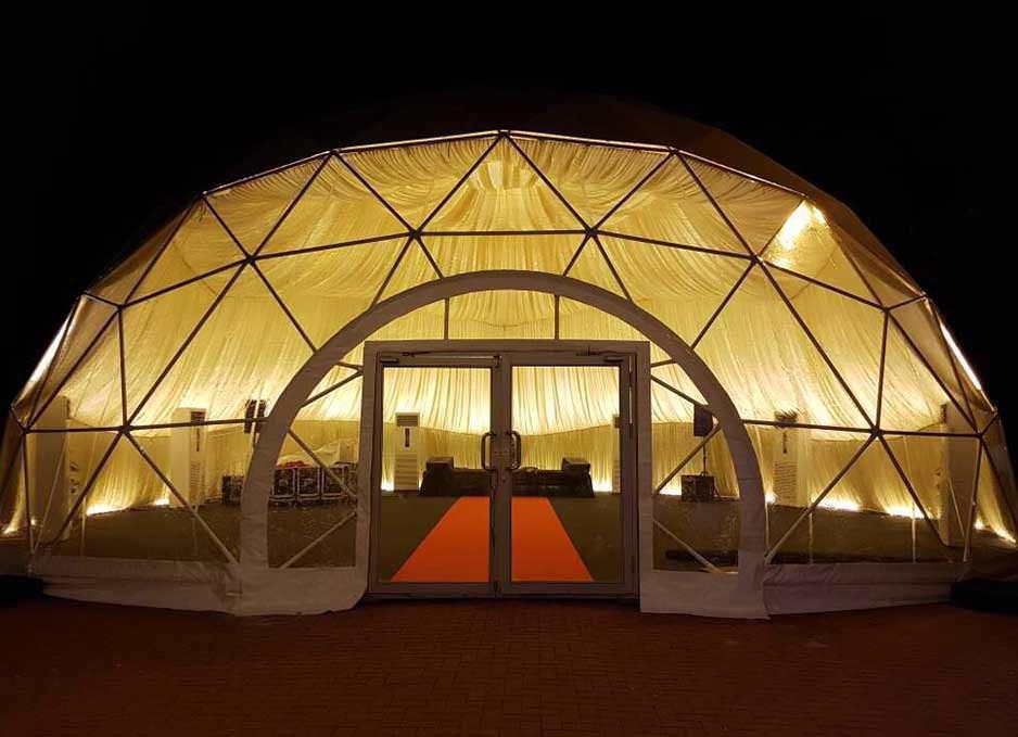 Dome tent with door